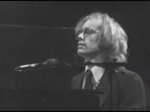 warren-zevon-excitable-boy-4-18-1980-capitol-theatre-official-warren-zevon-on-mv