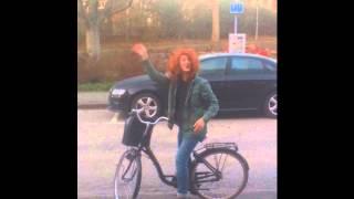 Herman White - Fredag (Parody of Rebecca Black)