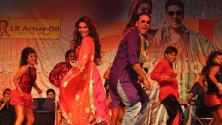 'Sari Sari Raat' Akshay Kumar & Asin Live Performance | Khiladi 786 Promotion