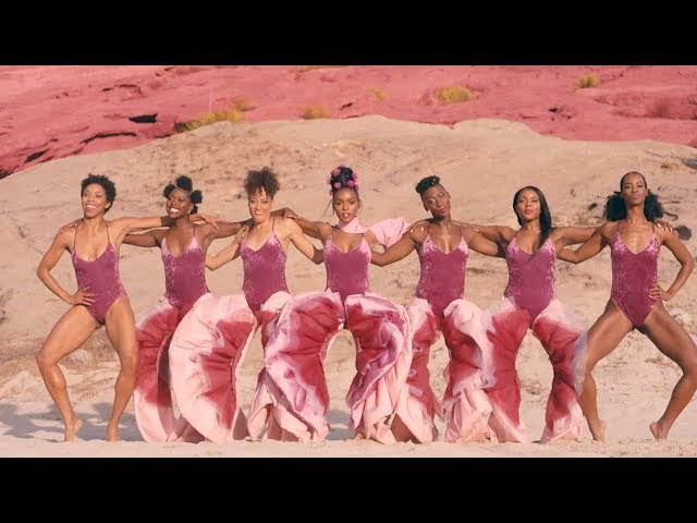 """Vídeo oficial de """"PYNK"""" de Janelle Monáe."""