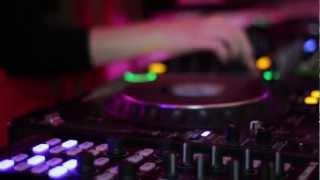 Beat Me! (Daniela Haverbeck & Der Process) XT3 Radio