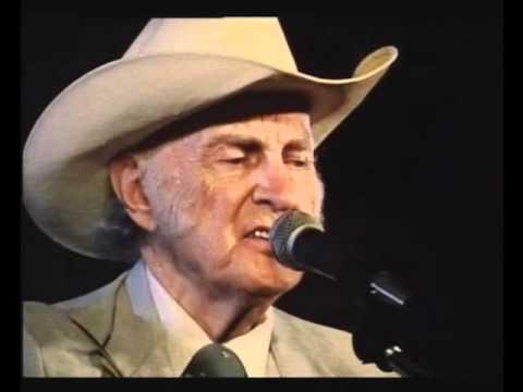 bill-monroe-muleskinner-blues-live-oldbluegrassmusic