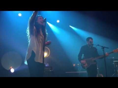 intergalactic-lovers-shewolflancienne-belgique-2015-thy-vandemoortele