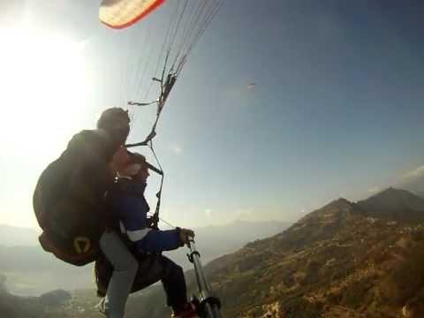 Paraglide Pokhara
