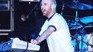 Moby - I'm Too Sexy (Right Said Fred cover) - Live At Promotion Gig 1999