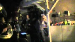 INFLUENCIA SIERRENA (EL TENIENTE FANTASMA ) cantando al compa tello