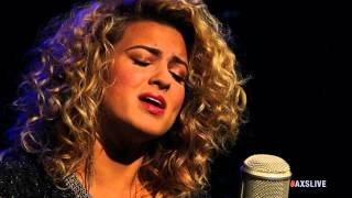 """Tori Kelly Performs """"Paper Hearts"""" on AXS Live"""