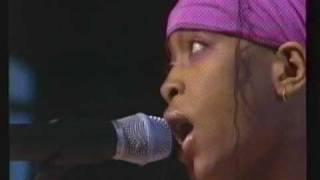 Erykah Badu & Wyclef Jean ~ Gone Til November