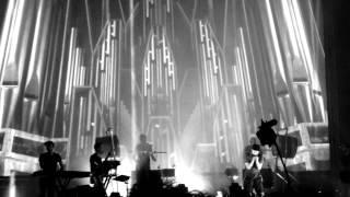 Woodkid: Iron (live at MS Dockville/Hamburg) - Part 1/2
