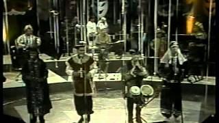 manuel guerra y su  orquesta.........canal 8 vtv. latinos y puntos.