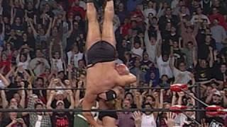 Goldberg aplica el Jackhammer a Big Show