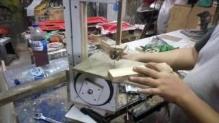 DIY mini bandsaw - test cutting