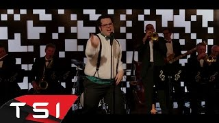 Pixels 2015   Josh Gad Singing '' Everybody Wants To Rule The World''