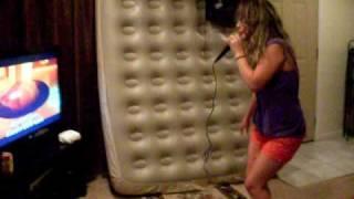 Chrisley Cantando Xibom BomBom