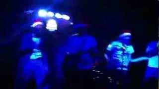 Los Putos - Show das Poderosas (Aniversário do nazareno, live at CMB 25/12/13)