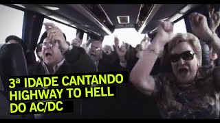 "AC/DC - ""Casal Rock"" cantando Highway to Hell"