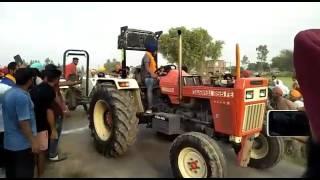 SWARAJ 855 V/S SWARAJ 744-Tractor tochan 2017