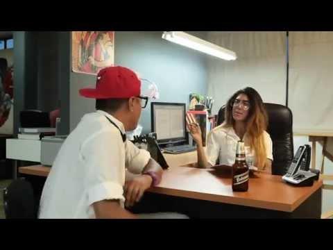 El Solicitante de Mike Diaz Letra y Video