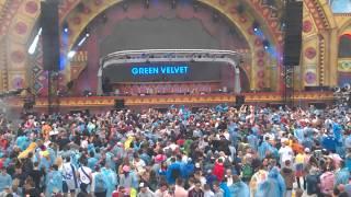 "Green Velvet plays ""Recondite - Cleric"" live @ Tomorrowland 2015"