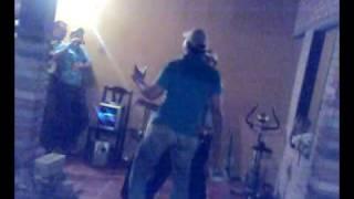 bailando y jodiendo de rumba en mi ksa
