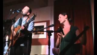 Gregory Alan Isakov  & Bonnie Paine - Salt And The Sea (live)