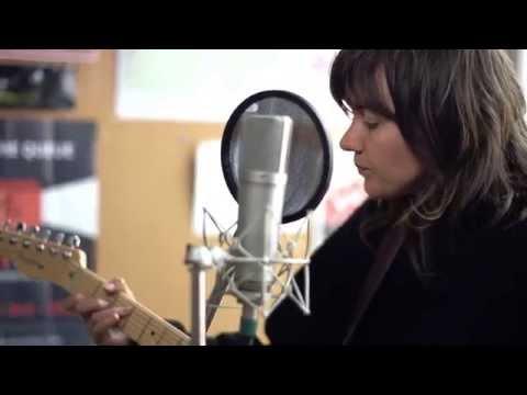 Music Planet Live Courtney Barnett Avant Gardener Chords Chordify