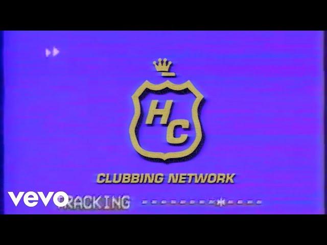 Videoclip oficial de la canción Dancing In The Dark de Hot Chip