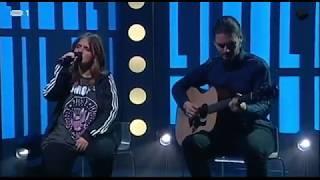 """Carolina Deslandes – """"Avião de papel""""   Cá por Casa   RTP"""