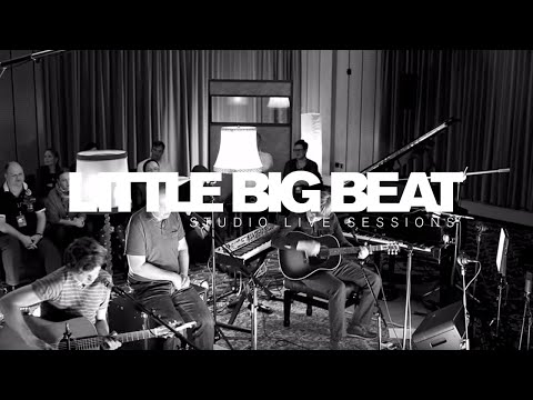 edwyn-collins-girl-like-you-little-big-beat-studio-live-sessions-littlebigbeatlive