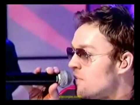 darren-hayes-crush-1980-me-live-on-totp-2003-thepurpleheart
