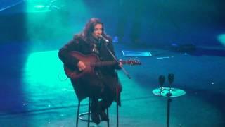 Ana Carolina A canção tocou na hora errada