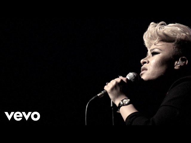 Video de Emeli Sandé cantando en directo, en concierto Read All About It