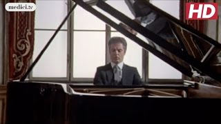 Daniel Barenboim - Moonlight Sonata - Beethoven