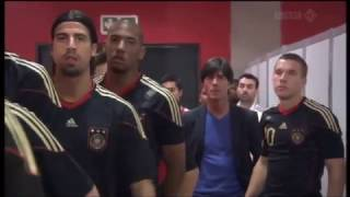 The Jogi Löw Highlights – Deutschland v Argentinien(WM 2010) width=