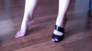 foot arches in high heels