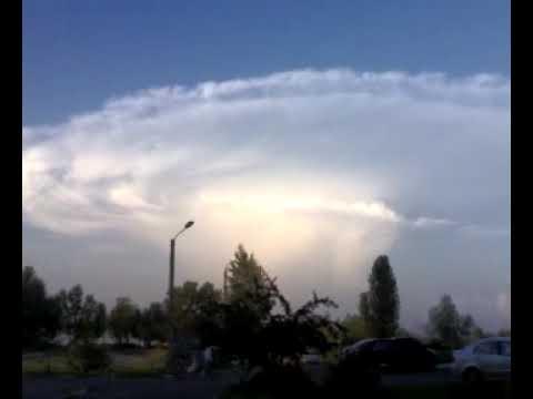 Strange cloud 2 (Ukraine, Kiev, Ukrainka 16.07.09)