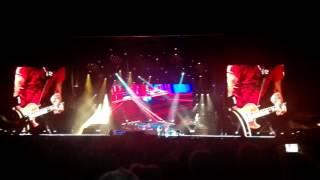 Guns N' Roses - Out ta get me live in Lisbon 2017