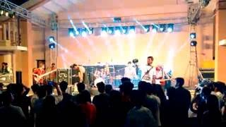 Coldplay - Yellow (cover) at Bhopal India Live