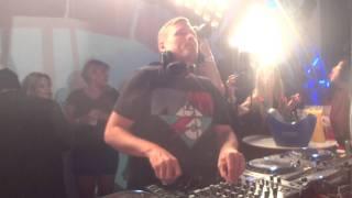 KASKADE @ Supperclub LA - Raining (Kaskade & Adam K - feat. Sunsun) *see 1:45min - 2min*
