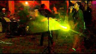 Live band (Arra@E.T)