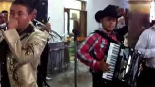 El bueno y el malo- Banda Ahija2 con el compa Neto Plascencia Fiestas Moyahua 2013