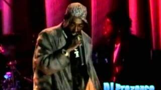 2Pac - Dear Mama (Live Performance)