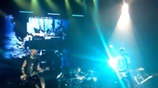5 Seconds of Summer - Jet Black Heart (live)