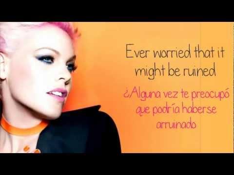 pnk-try-lyrics-traduccion-en-espanol-kissmeslowly01
