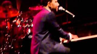 John Legend - Wake Up Everybody (Live in Melbourne)