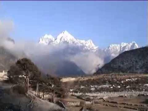 Nepal Trekking – Everest Trek Namche to Phortse.mp4