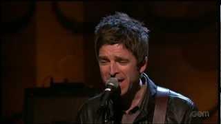 Noel Gallagher's High Flying Birds - AKA... What A Life! - Conan (13-12-2011)