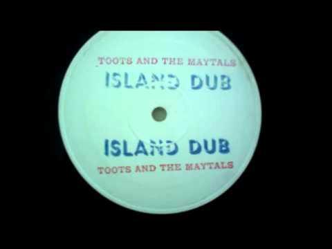 toots-and-the-maytals-rastaman-dub-island-dub-standtallguy