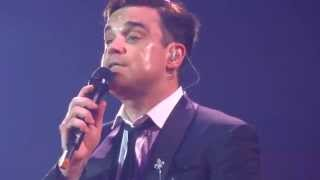 ROBBIE WILLIAMS - I Will Talk And Hollywood Will Listen - Manchester 30/06/2014