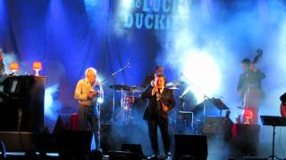 LUCKY DUCKIES @Quinta das Conchas/Lisboa com Zé Luis dos EKOS (Esquece) 20-6-2015